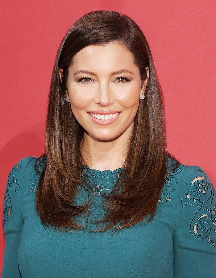 The Color Guide: 15 Sultry Shades of Brunette via @ByrdieBeauty
