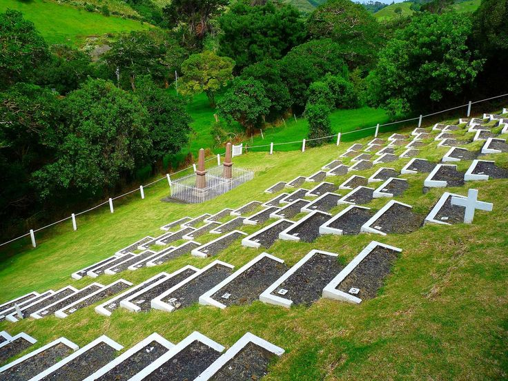 Graves at Knollcombes Saint Helena Island Info Boer Prisoners