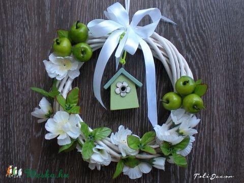 Meska - Tavaszi vidámság ajtódísz, kopogtató ajándék,koszorú,zöld TotiDecor kézművestől