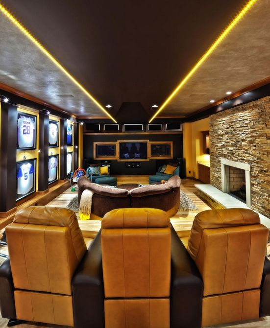 Theater Room Decor Ideas Pinterest Media D On Old: 14 Best Man Caves Images On Pinterest