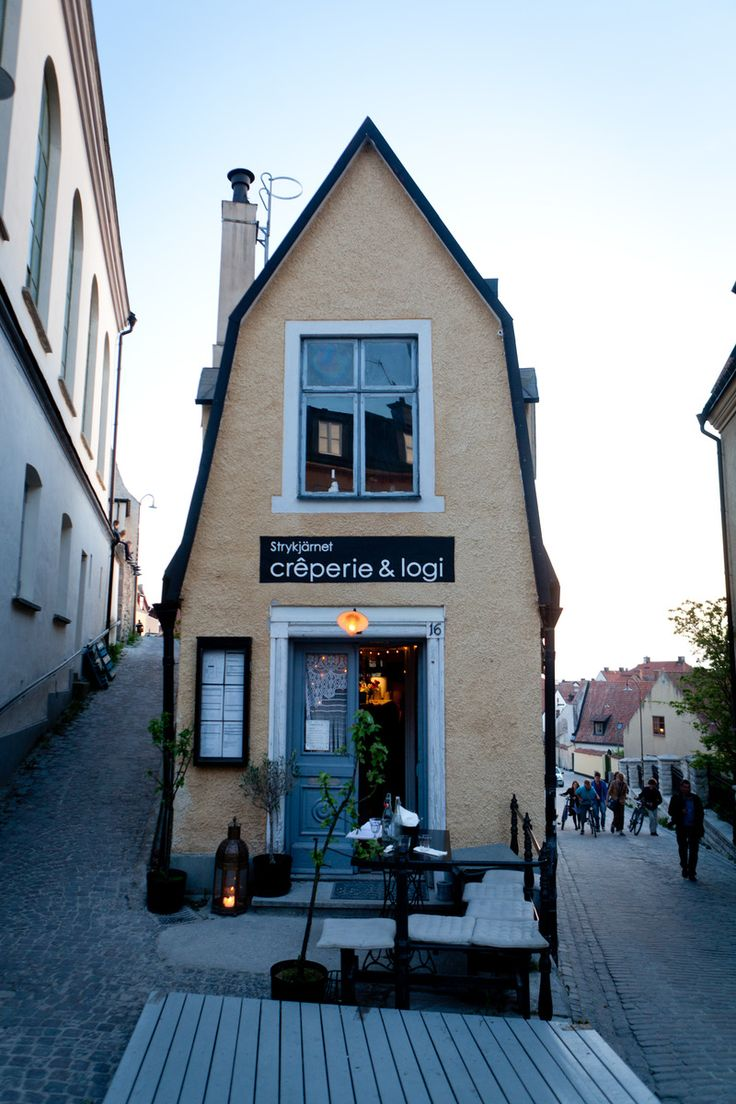 Strykjärnet Creperie - The Visby creperie was established in 2006 and serves crepes, galettes and somtimes music. They have a suite on the top floor that can be booked either as accomodation or conference venue. #cafe #corner #visby