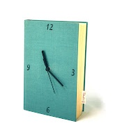 Kirjakello  -----  Table clock made out of an old book