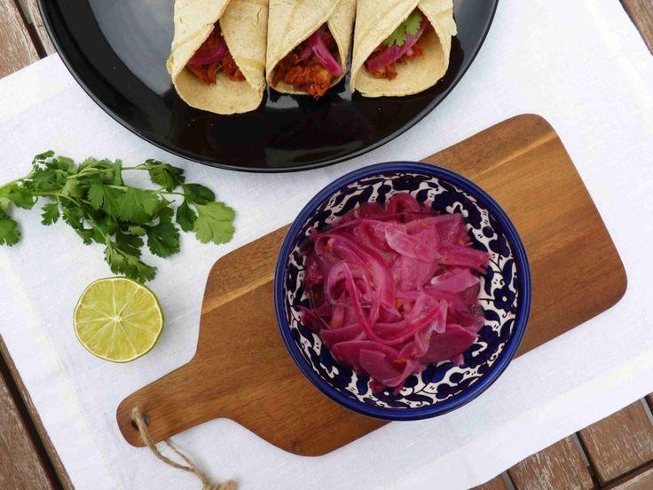 Mexická nakládaná cibule SALSA DE CEBOLLA MORADA // Ochutnejte svět - blog mezinárodní kuchyně