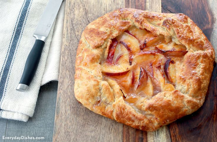 Rustic peach tart recipe This looks so impressive, is easy to make, and so delicious. It was so flaky and perfect when it was straight out of the oven, but I was also surprised how much I liked the leftovers!! CR