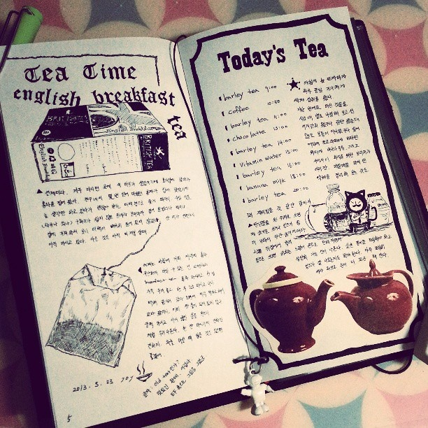 .@kunyo8 | 나머지 한 페이지는 오늘 마신 차로 정리 todays travelers notebook (2) :-) #d... | Webstagram - the best Instagram viewer