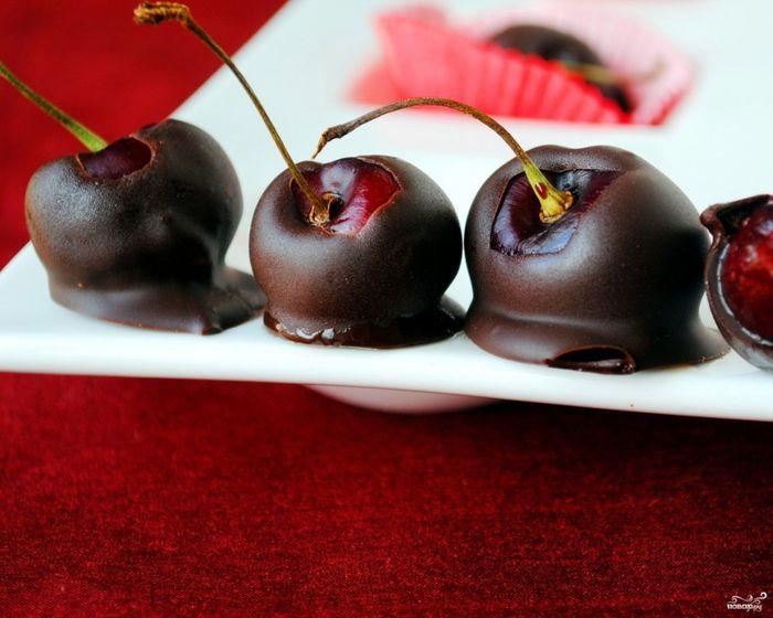 Десерты из вишни 40рецептов