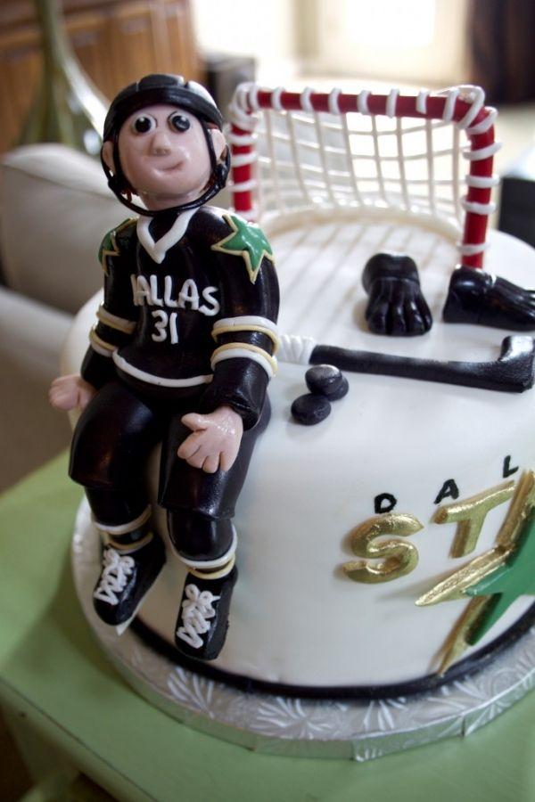custom cakes » Layered Bake Shop
