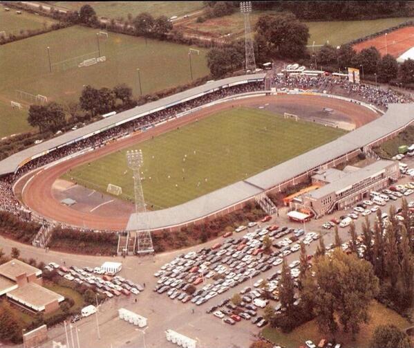 Het oude FC Twente stadion. Hier vlakbij woonden wij.