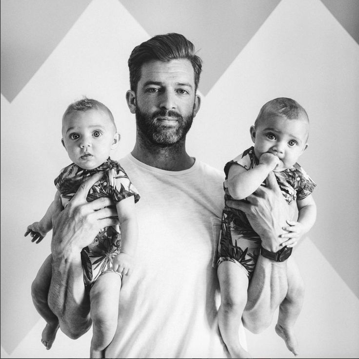 [All images: Instagram/father_of_daughters] Simon Hooper is no ordinary parent. He's the father of four young daughters — a 9-year-old, a 6-year-old and 10-month-old twins. Sharing a home with five girls (wife included) is no walk in the park and Hooper makes no attempt to make it seem that way. Instead he shares refreshingly real glimpses into his parenting struggles on his Instagram page — diaper changes, spit ups and all.