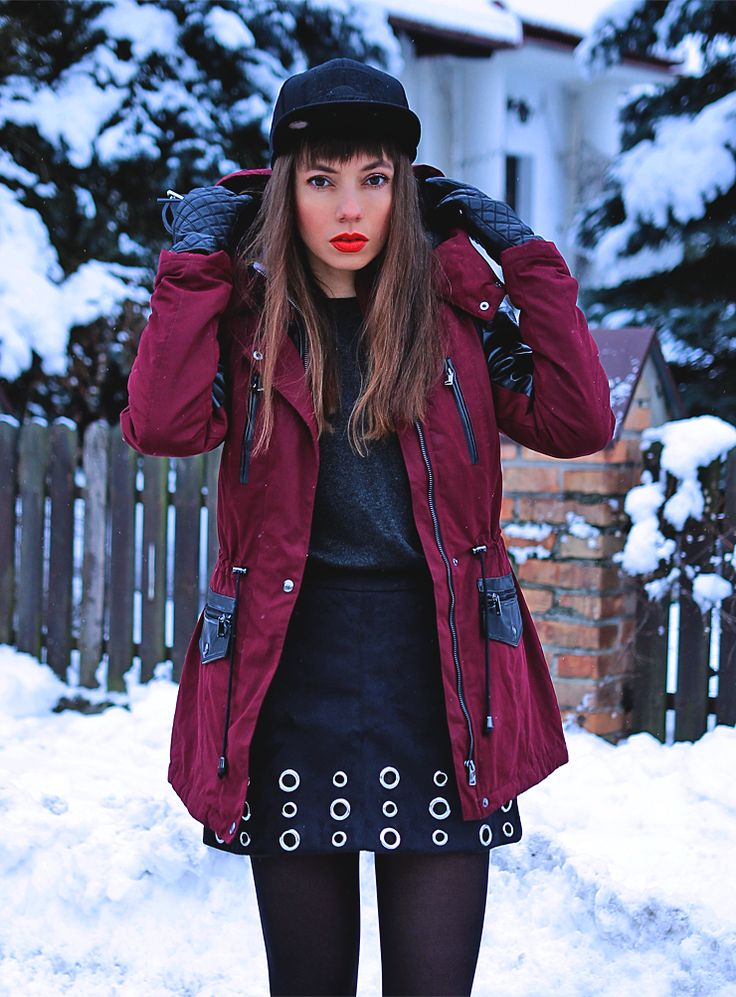 burgundy parka jacket, skirt with eyelets and Mitchell and Ness snapback cap in one outfit: https://jointyicroissanty.blogspot.com/2017/01/burgundy-winter-parka-and-skirt-with.html  #streetwear #ootd #streetstyle
