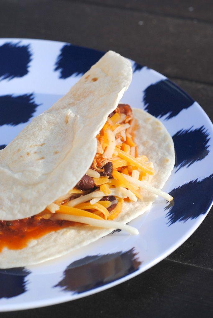 Easy Delicious Slowcooker Salsa Chicken Recipe
