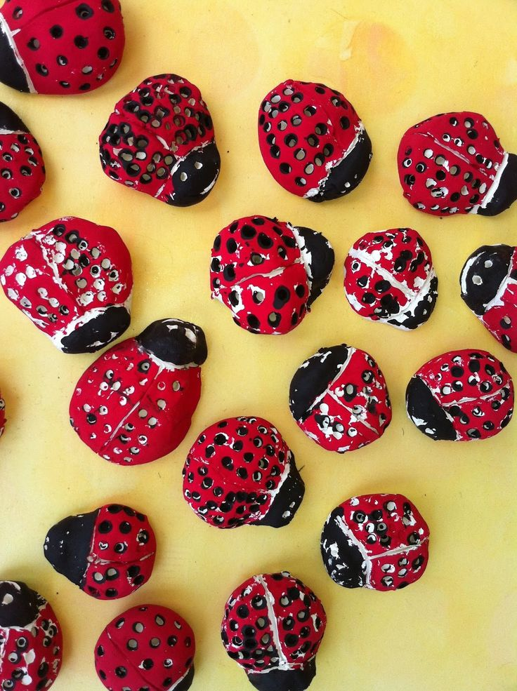 This gave me the idea to make ladybug rock pets in the spring. Make-it-take-it craft for school age kids.