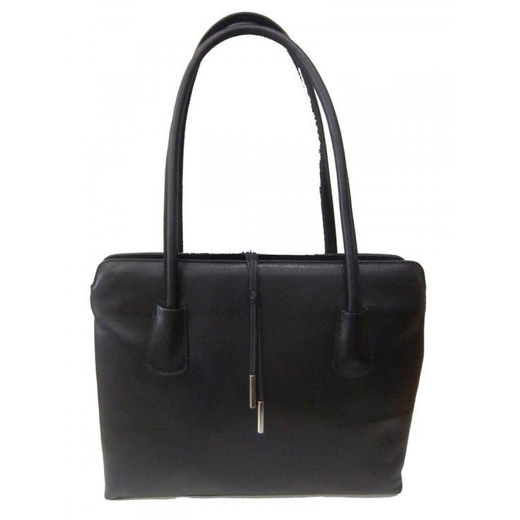 #canta #bag #siyah #deri #suni #kolcanta #fashion