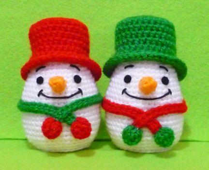 Crochet  Egg Egg Warmer Snow man on Christmas  by DarmianiDesign