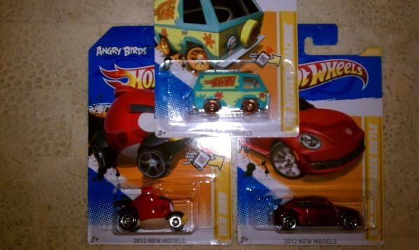 "Hotwheels Angry bird ""redbird"" , Mystery machine and 2012 vw beetle VHTF Free ship"