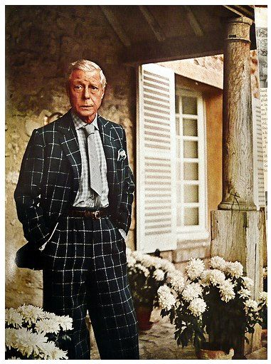 """Edward, the Duke of Windsor was considered one of the best dressed men in the world and his influence on men's fashion is still seen today. Fern Mallis, the director of the Council of Fashion Designers of America once said; ''The Duke was sort of like Princess Di in contemporary times, a fashion icon for the monarchy."""""""