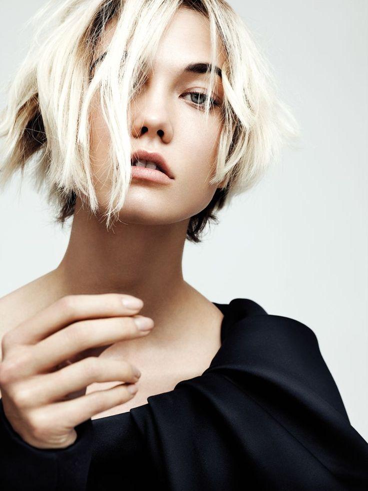 Karlies Couture, editorial en Interview de Octubre