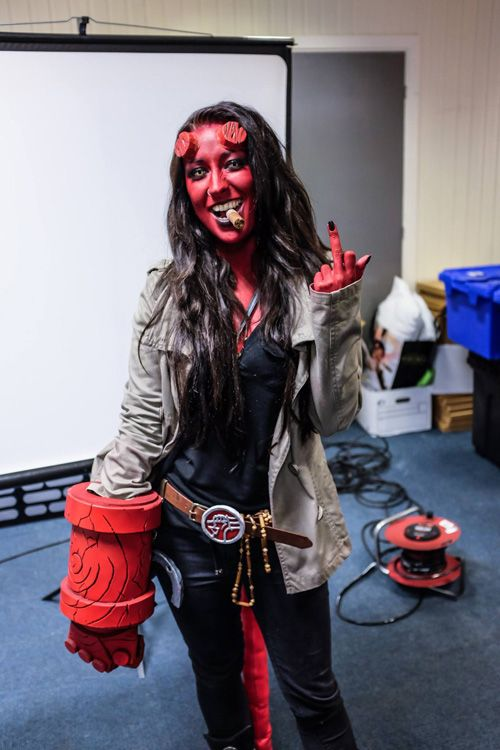 Hellboy Cosplay http://geekxgirls.com/article.php?ID=6912