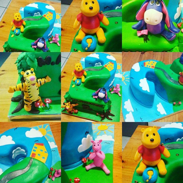Pooh bear characters