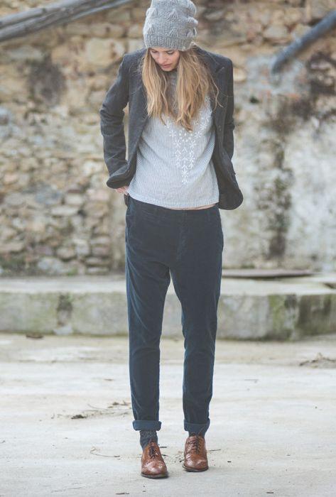 Eveline hat, grey. Lola shirt, sky. Hotel jacket, iron navy. Fred pants, dark navy.