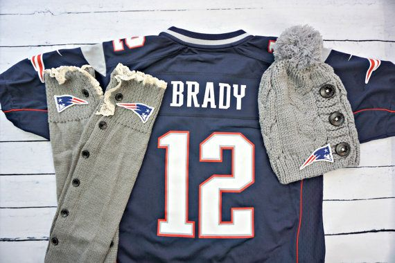 New England Patriots Warm Knit Pom Pom Beanie Hat & Lace Trim Button Down Leg Warmers Boot Cuffs Sock Peek-a-Boo Tom Brady 12
