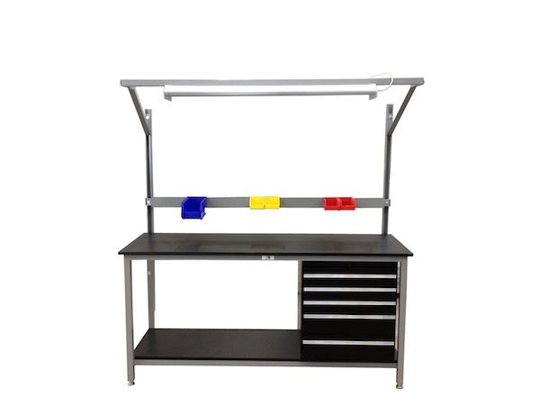 Custom Industrial Workbench from OnePointe Solutions - http://www.onepointesolutions.com/workbench-styles/industrial-workbenches/industrial-workbench