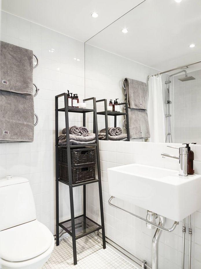 ванная в малогабаритной квартие в скандинавском стиле