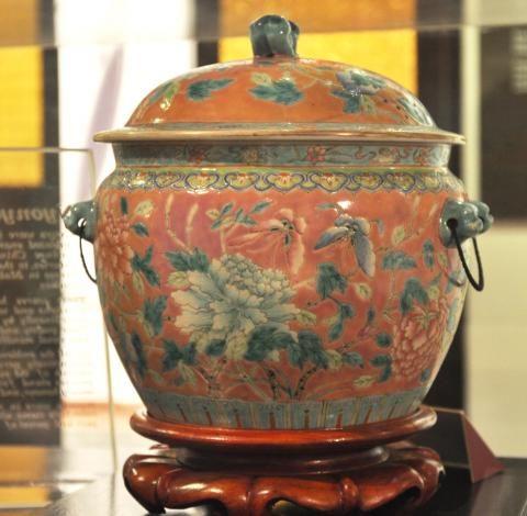 Tembikar Nyonya / Nyonya Ware | Laman Web Rasmi Lembaga Muzium Negeri Pulau Pinang
