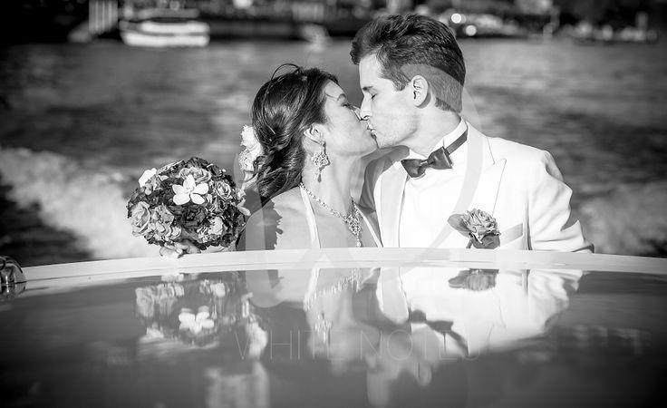 Lake Como wedding kisses