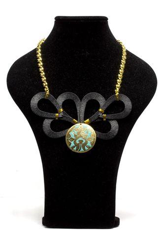 Gold & Ebony #Necklace #DIY #jewelry