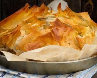 Tourte light à la pâte filo, courgettes et feta