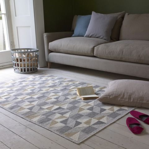 Handmade Wally floor rug in sitting room
