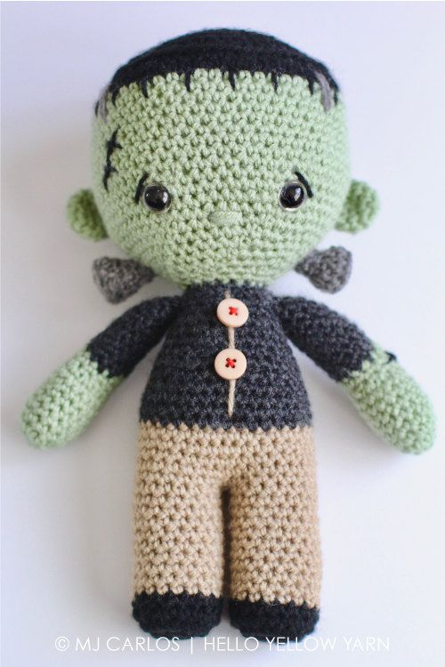 This listing is an original pattern written in English using US Crochet Terminology to crochet your own amigurumi Frankenstein. This is Franklin. Don't worry he's not scary! Franklin is a friendly and adorable little monster who enjoys playing with robots and watching funny cartoons.  Franklin measures approximately 26cm (10 inches) from top to bottom when done with an 8 ply (US Light Worsted / UK DK) type of yarn and a 4mm and 4.5mm crochet hook.    ***IMPORTANT, PLEASE NOTE: PURCHASE O...