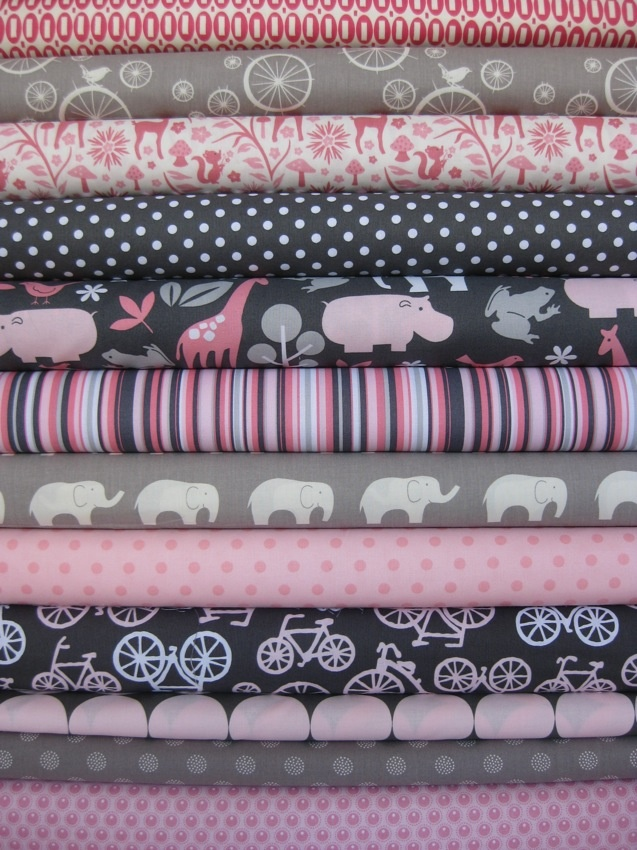 Love!: Baby Girl Quilts, Sewing Projects, Baby Quilts, Pink And Grey Baby Quilt, Future Baby, Baby Girls, Baby Girl Quilt Ideas, Adorable Fabric, Baby Stuff