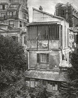 Atelier van Suzanne Valadon en haar zoon Maurice Utrillo, Montmartre, Parijs. (bron: Philippe De Gobert)