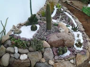 36 best images about mini jardines con piedras on for Piedras ornamentales para jardin