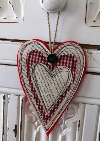 Handmade Harbour: Make a Simple Hanging Heart. Made with layers of felt, book pages, cotton. Coordinate fabric for any holiday