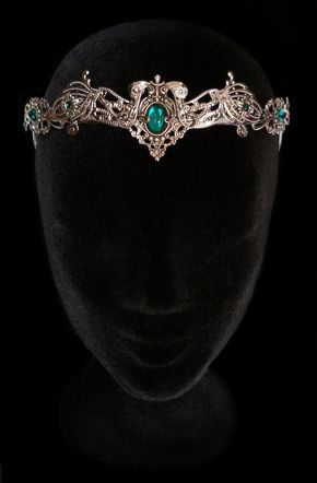 Elven Medieval Crown Headdress Tiara Circlet por AMonSeulDesir                                                                                                                                                                                 Más