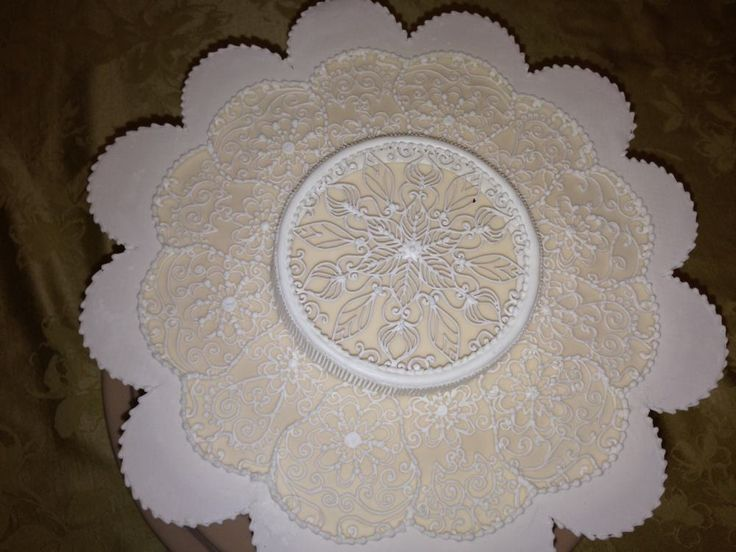 Cake Frosting Design Templates : 1000+ images about royal icing on Pinterest Butterfly ...