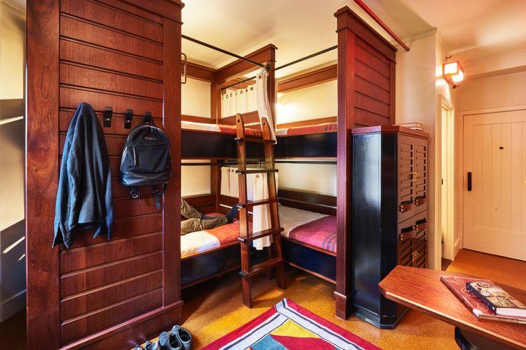 Freehand Chicago Quad Room