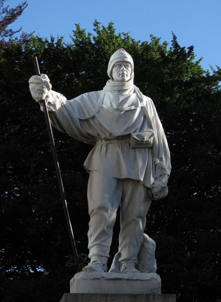 Kathleen Bruce Scott, portrait of Robert Falcon Scott, 1916 (Christchurch, New Zealand). This moving likeness was carved by Kathleen Bruce, British sculptor and the widow of Captain Scott, about four years after his death in Antarctica. The Scott Statue was damaged by the February 2011 Christchurch earthquake, when it fell off its plinth.