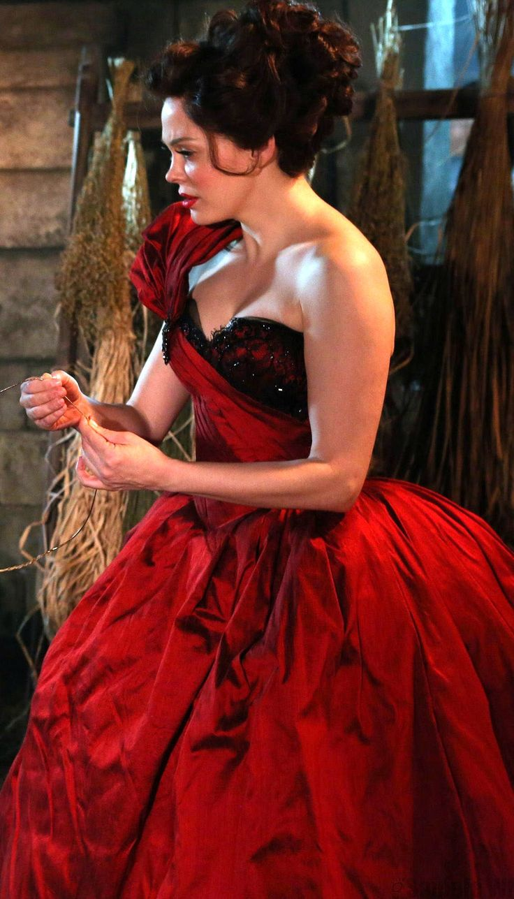Once Upon a Time ++ Charmed [Rose McGowan] and Once Upon a Time all in one!! Lol <3
