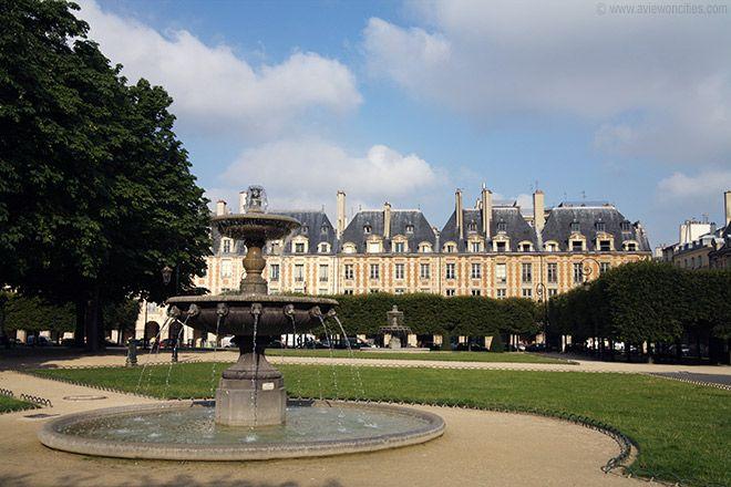 10. Fountain, Place des Vosges