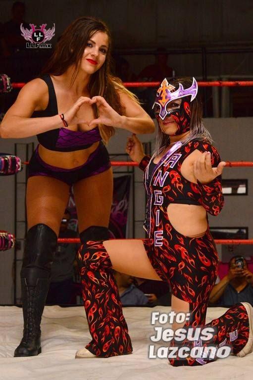 mexican-women-wrestling-make-fake-porn
