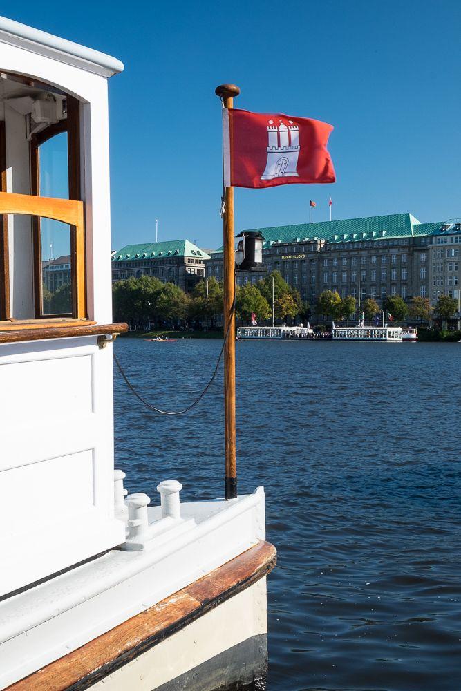 """Hamburg - Anleger am Jungfernstieg, Alsterdampfer """"St. Georg"""""""