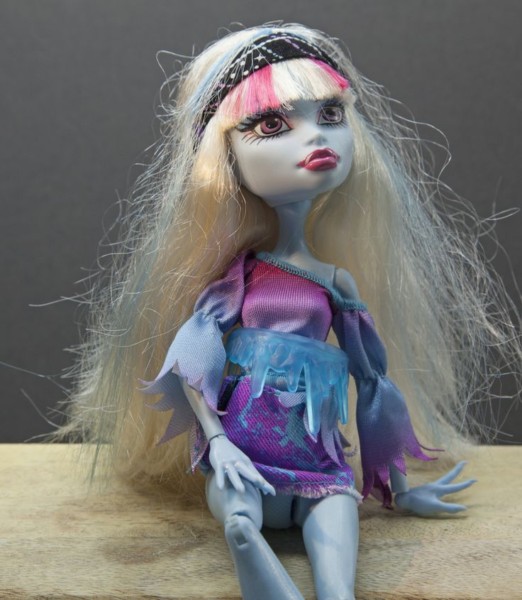 Lagoona Blue for Sale £1.99 +PnP Excellant condition ideal for Stocking filler for Christmas