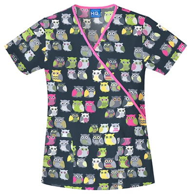 Im in love with these cute owls...and since I live in scrubs...I need this! my daughter ashleigh is in classes for nursing and she has theses scrubs theyre adorable