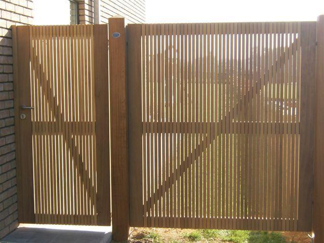17 beste idee n over tuin poorten op pinterest tuin bogen tuin hekken en opgepoetste tuin - Modern tuinbekken ...