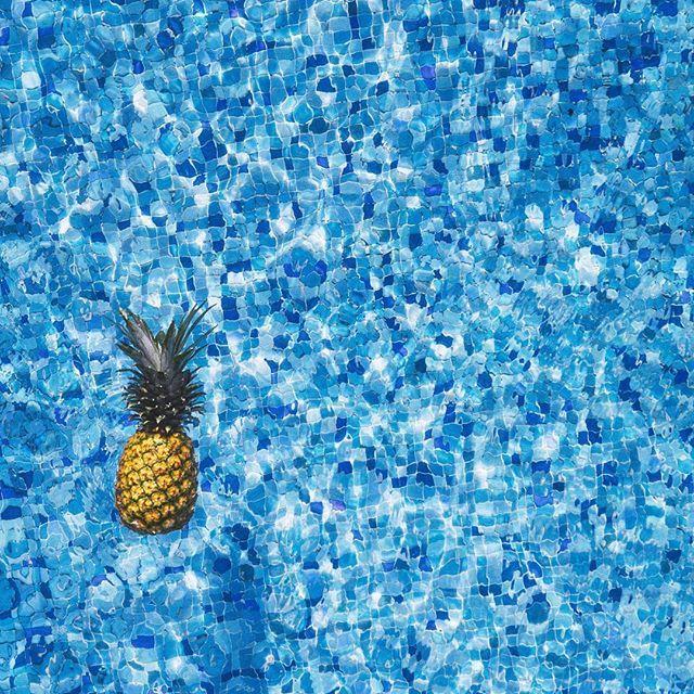Pineapple kinda day 🍍🍍🍍 #summervibes…