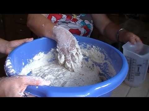 Cagajones de puño y otros dulces típicos de Alosno (Huelva) - YouTube